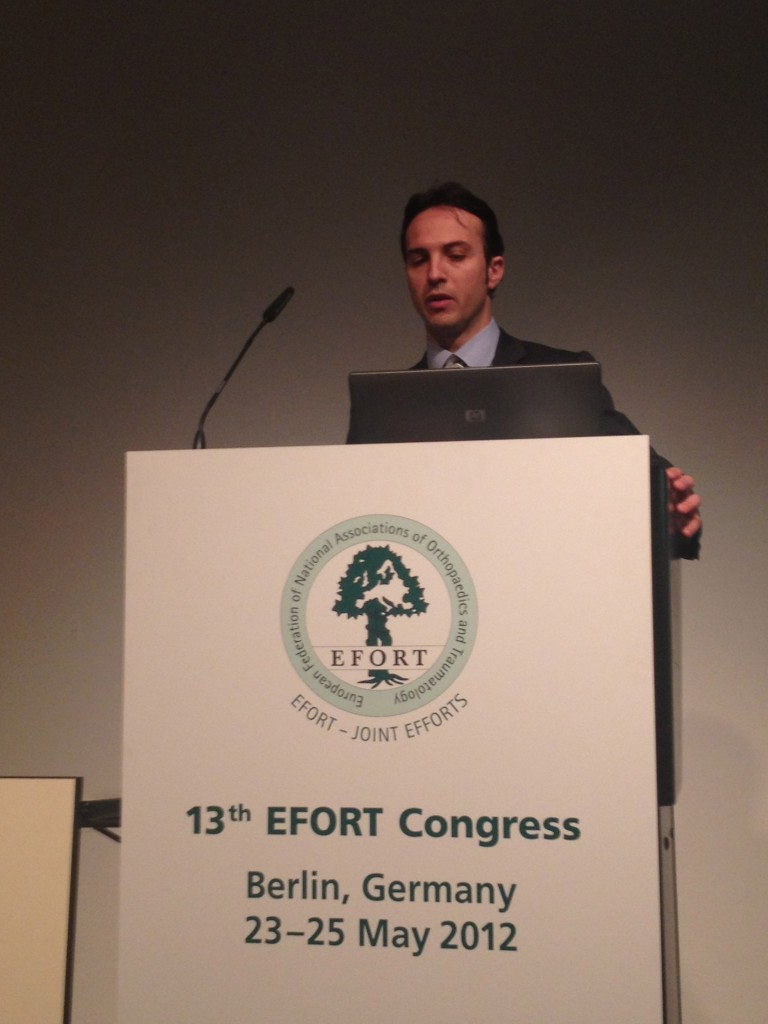 EFORT 2011 Dr Daniele Pili Ortopedico
